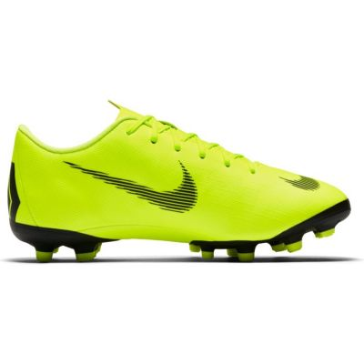 Nike Grade-School Kids' Jr. Vapor 12 Academy (MG) Multi-Ground Football Boot